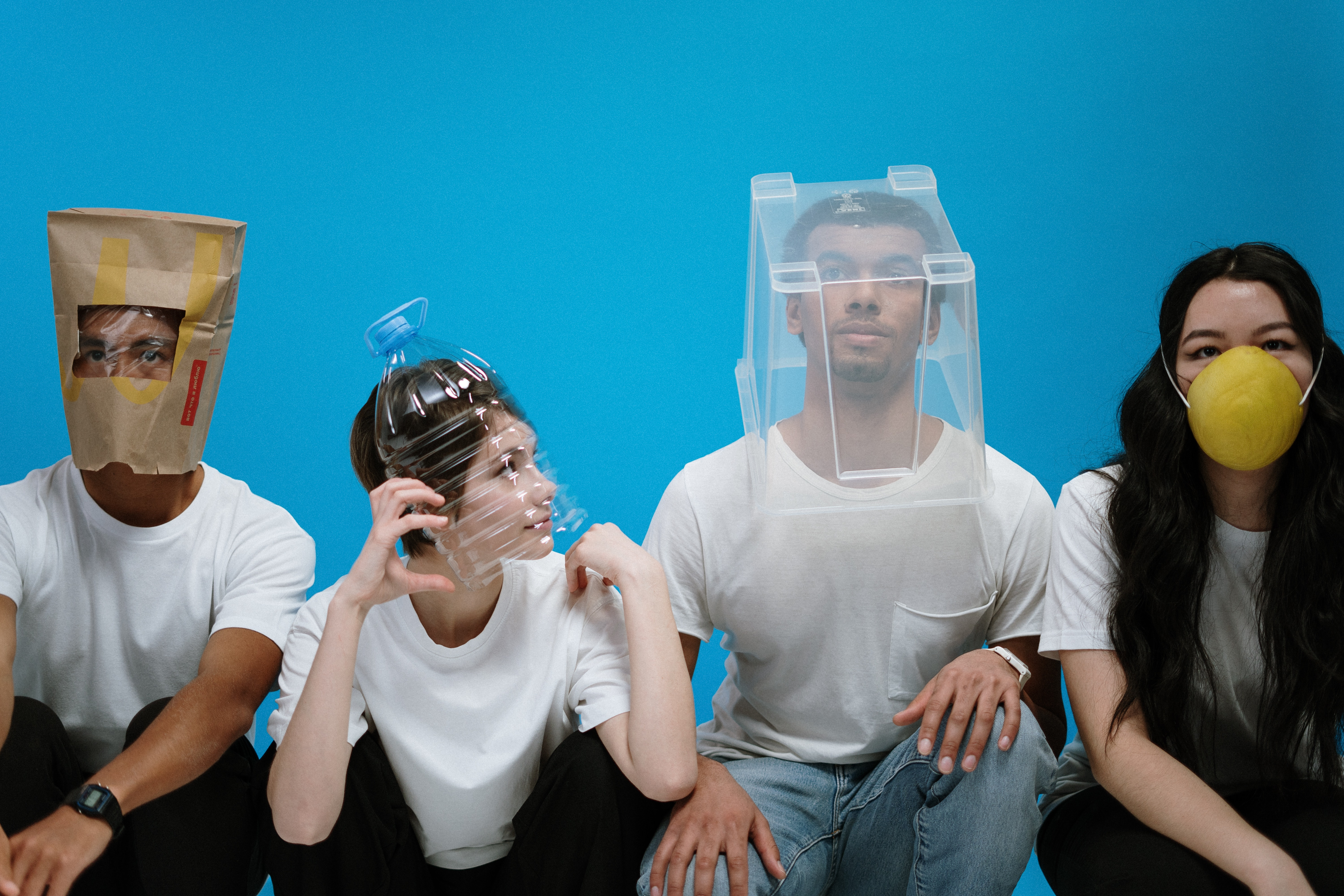 Being stuck in quarantine can eventually get a little boring. However, visiting an escape room and playing an escape game be very exciting. Read on to know more.