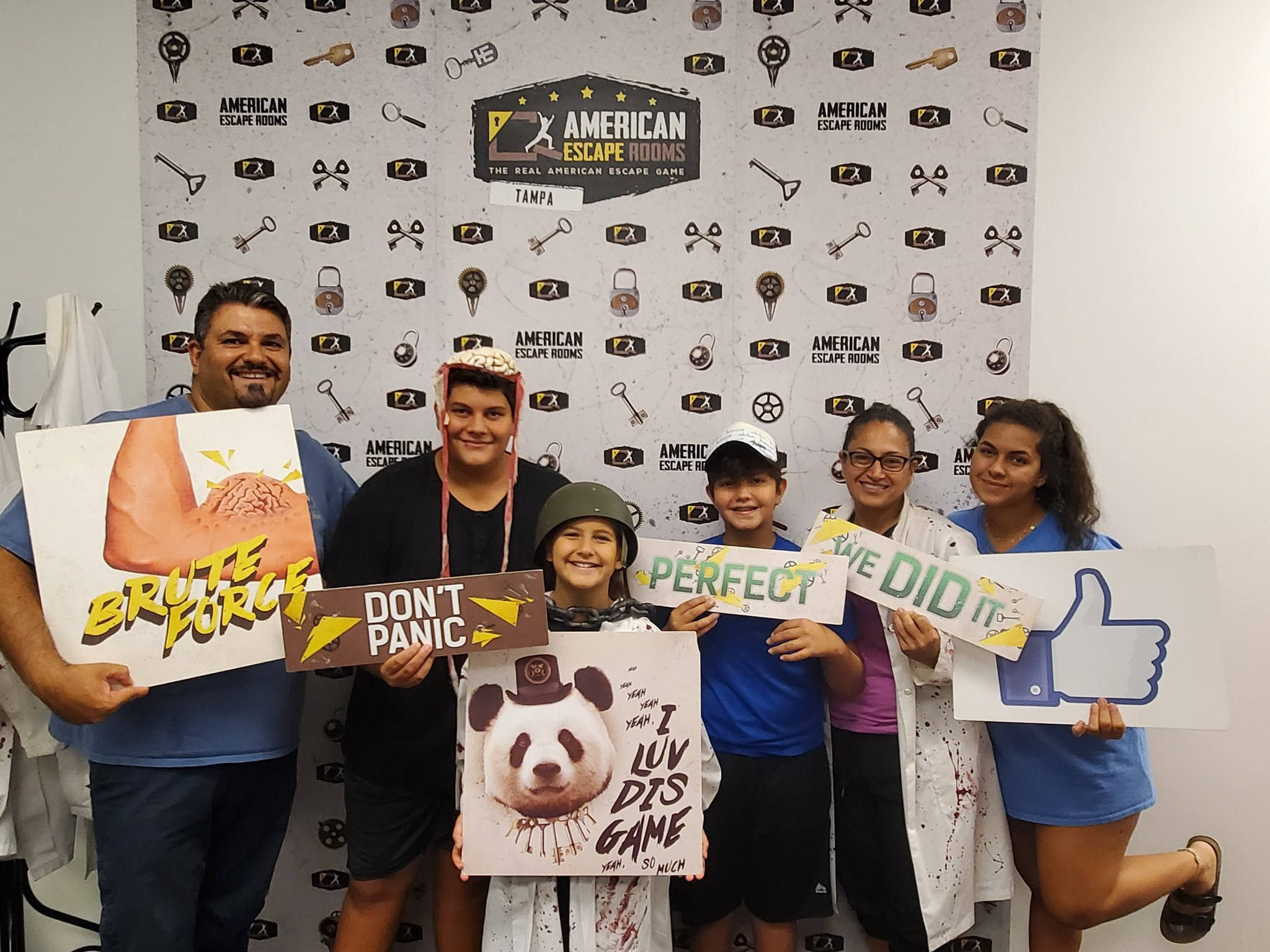Awesome Abbouds played the Mad Professor's Asylum - Tampa and finished the game with 11 minutes 8 seconds left. Congratulations! Well done!