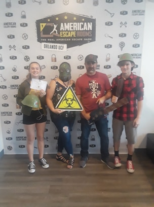 Team Sunflower Sunshower played the Zombie Apocalypse - Orlando and finished the game with 13 minutes 51 seconds left. Congratulations! Well done!
