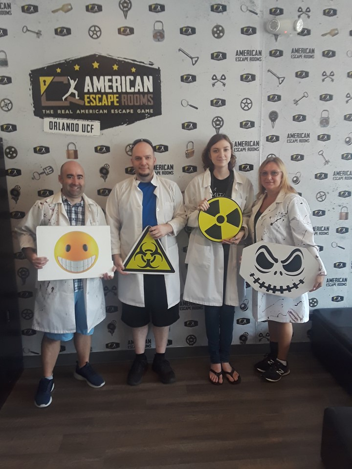 Team Olive Oil played the Zombie Apocalypse - Orlando and finished the game with 15 minutes 31 seconds left. Congratulations! Well done!